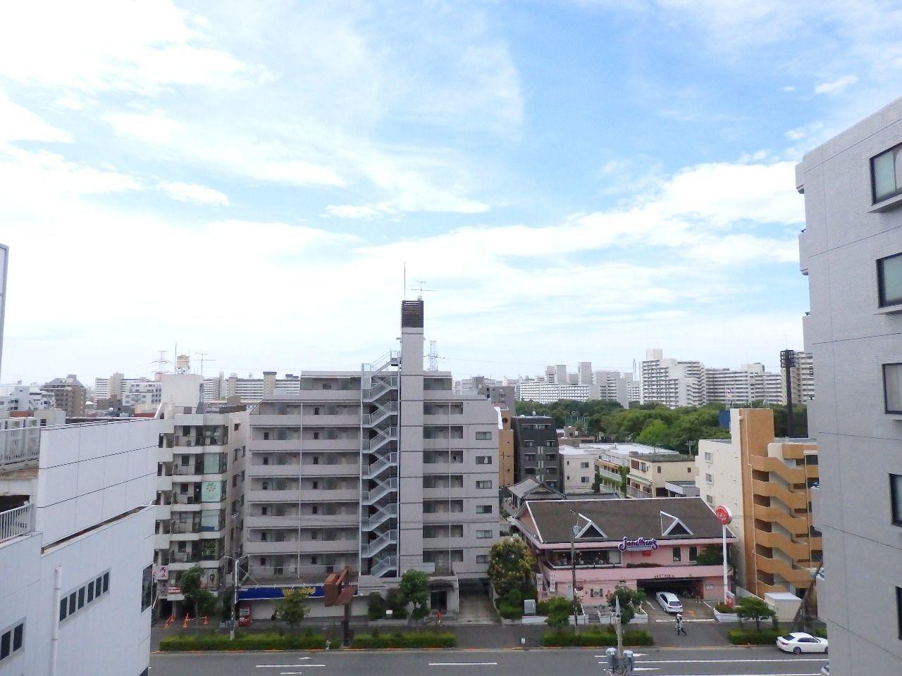 臨海公園の観覧車や東京湾の花火などの夜景も独り占めできます。