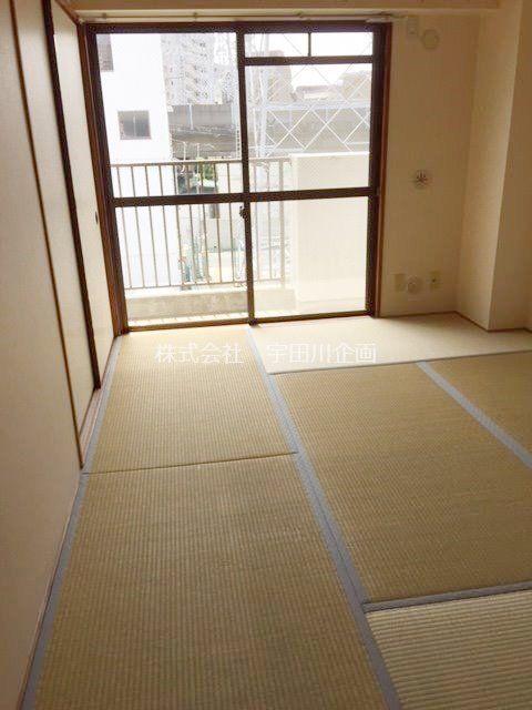 和室があると和みます。