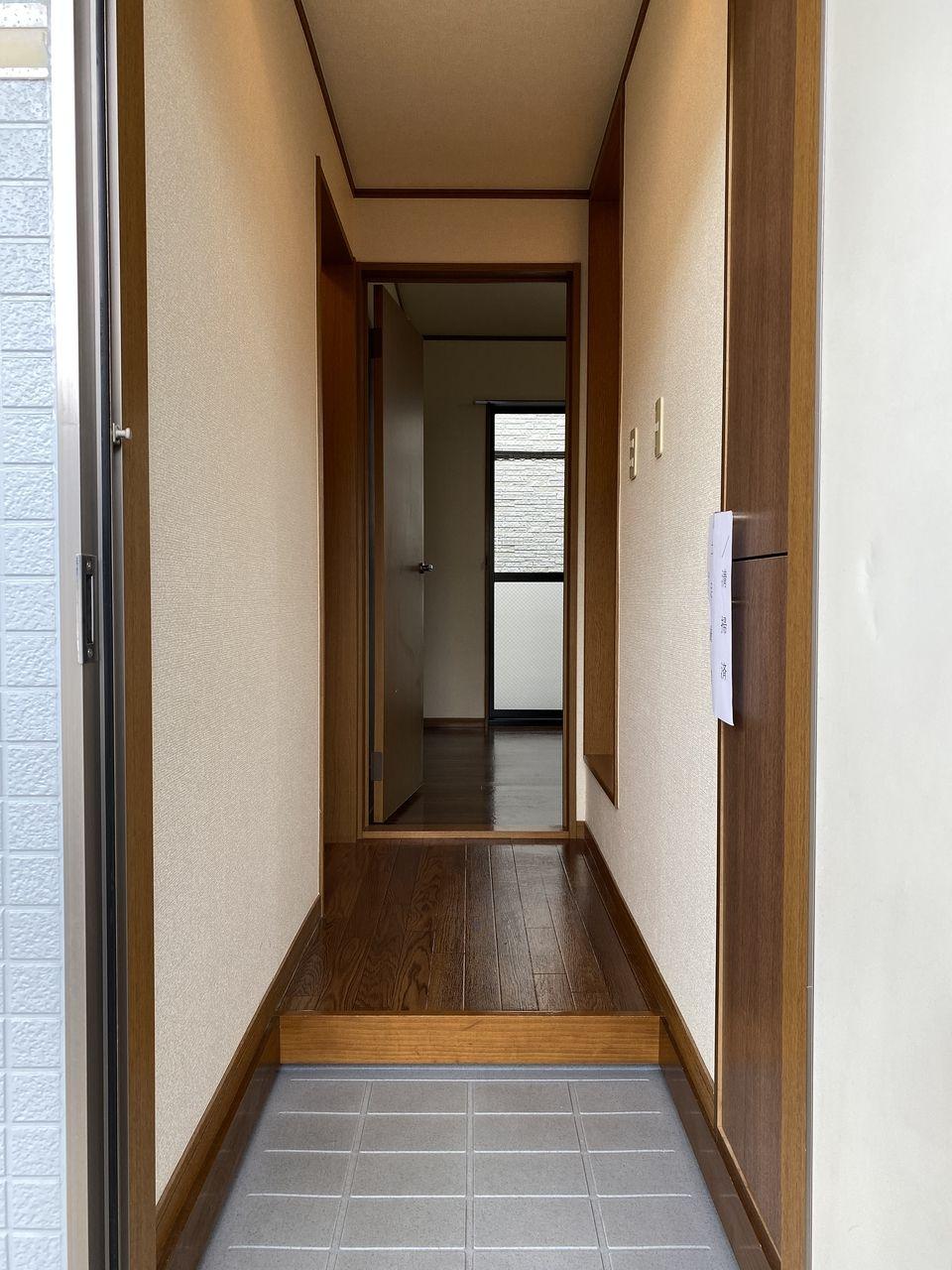 【独立タイプのキッチンでお部屋広々使えます】ピアフルール105号室 1K 葛西駅 バストイレ別 広い収納